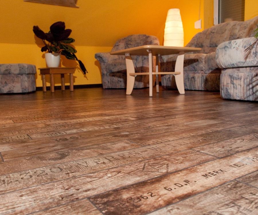 tilo hornoff renovierung t rrenovierung treppenrenovierung laminatb den t ren aus kreischa. Black Bedroom Furniture Sets. Home Design Ideas